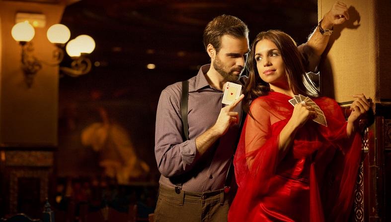 """Elena Furiase: """"En los rodajes se suele crear una atmósfera muy especial""""."""